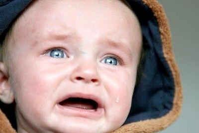 Що робити, якщо дитина плаче з приводу