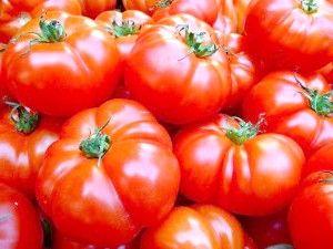Маски з помідорів для особи