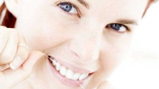 Як відбілити зуби в домашніх умовах без шкоди для емалі