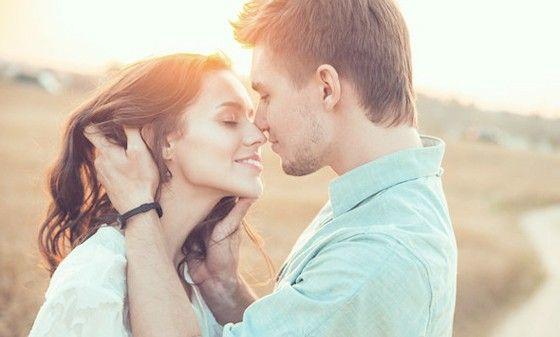 Як поводиться закоханий чоловік: як зрозуміти чи подобаєшся ти чоловіку