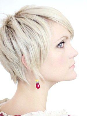 модні стрижки на тонке волосся фото