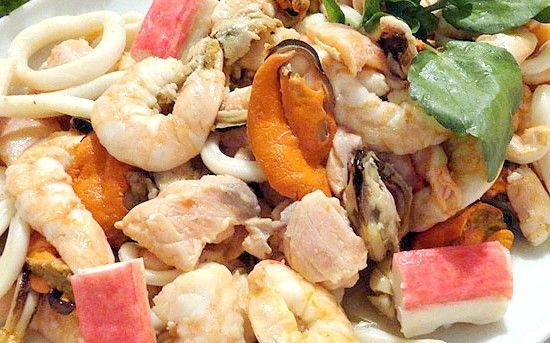 салат з червоною рибою рецепт з фото