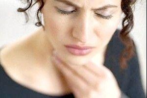 Чи допомагає Тантум Верде при болю в горлі